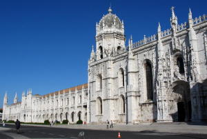 Jerónimos_Monastery_-_the_South_Portal