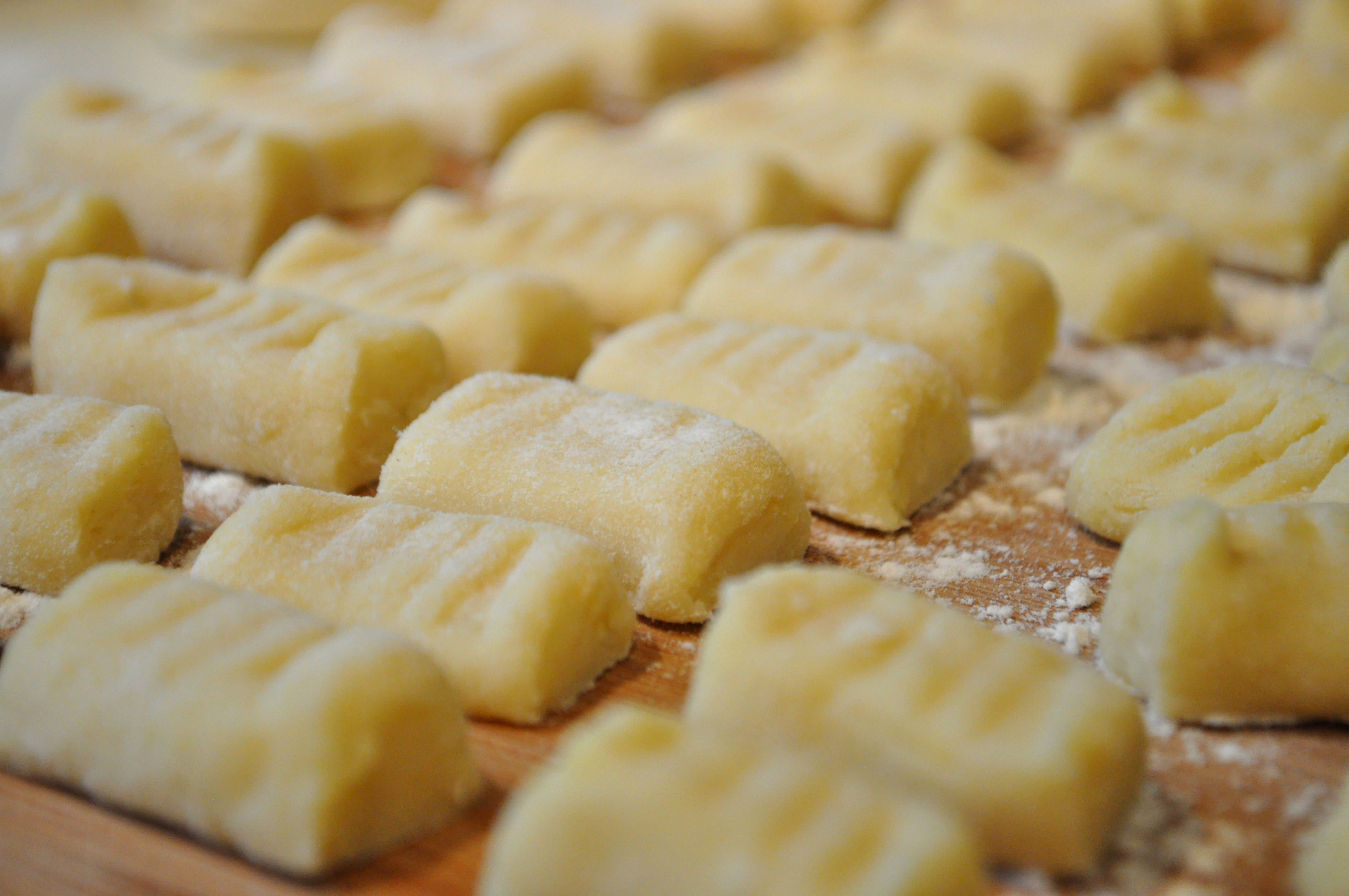 COOKING AS ROMANS DO: Gnocchi World